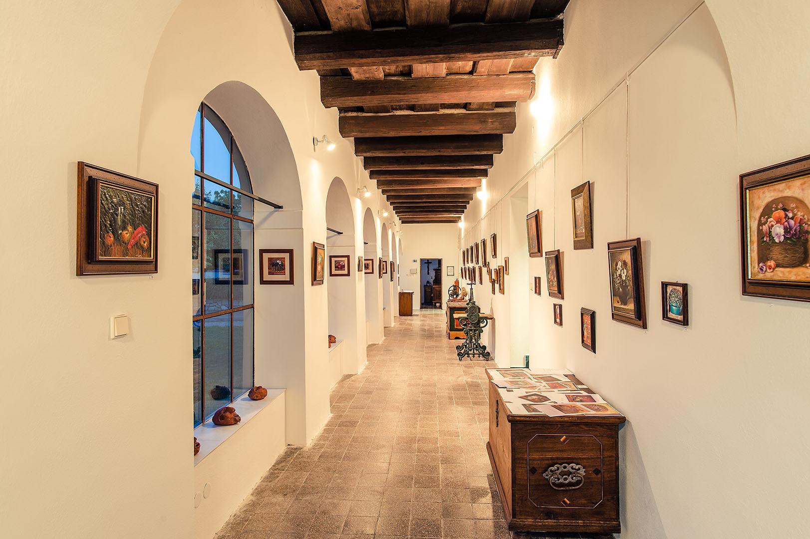 Výstavní síň Jana Rafaela Schustera s galerií
